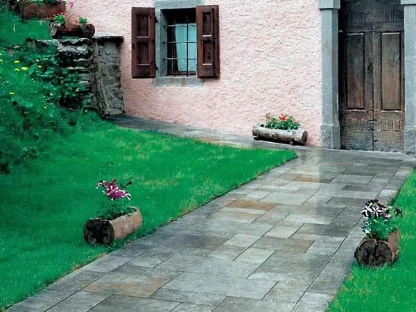 Pavimento per giardini sistemn piastrelle in ceramica for Giardino piastrellato